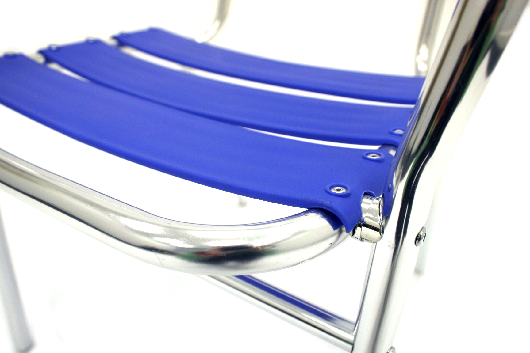 Lightweight tubular aluminium frame with a blue plastic seat & back - BE Event Hire