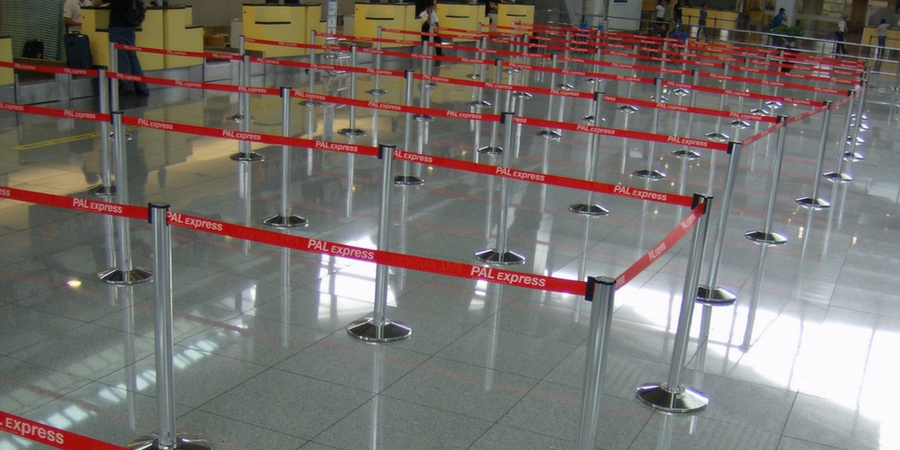 Retractable Stretch Barriers for temporary crowd control