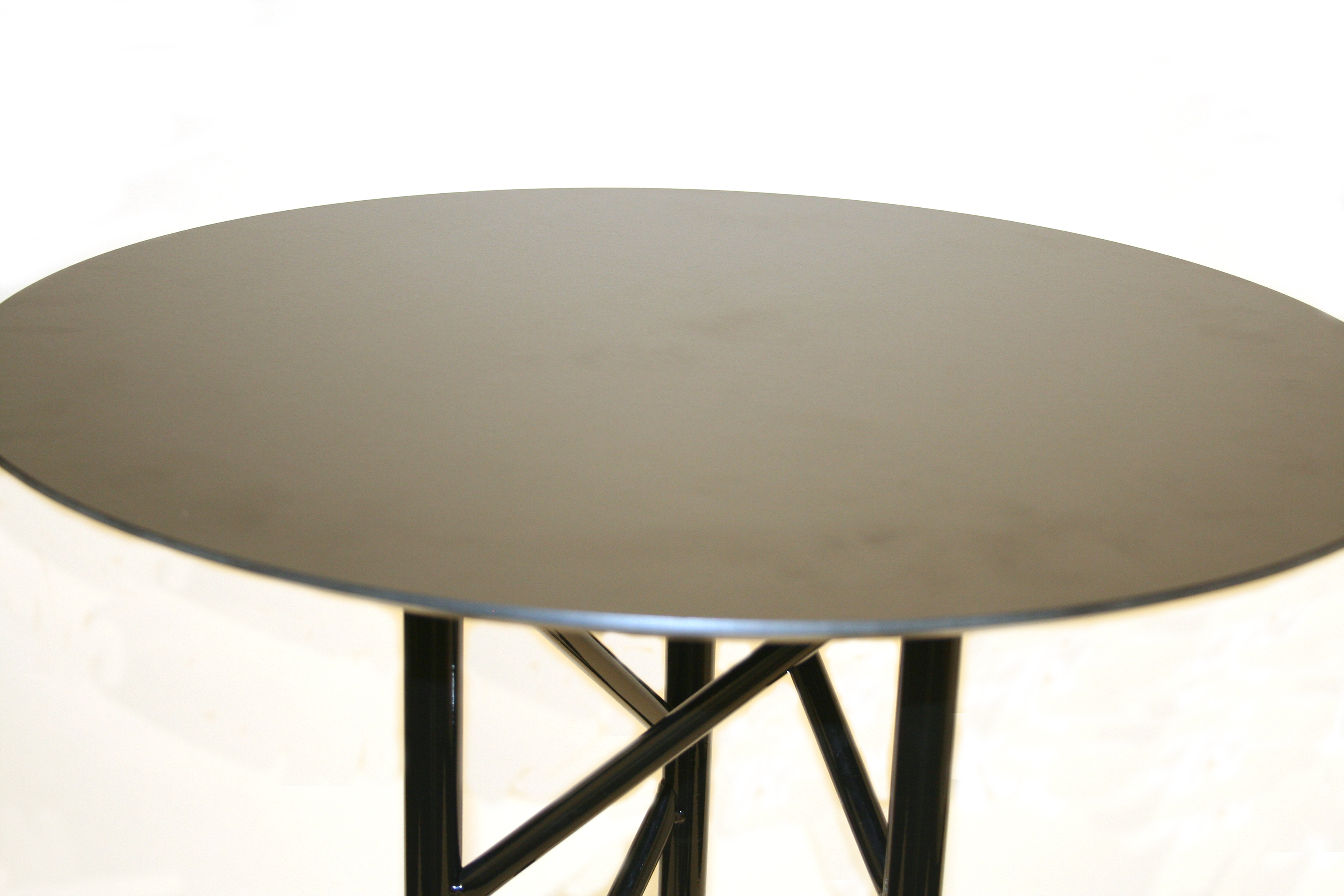 Blenheim High Table Close up Image - BE Furniture Sales