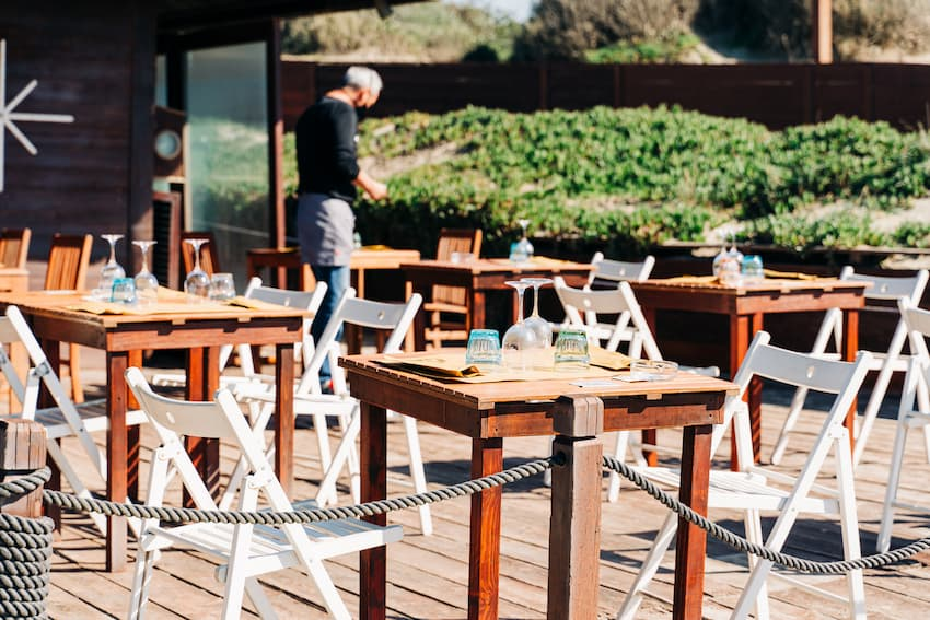 Al Fresco Dining: What Restaurants and Cafes Should Consider - BE Furniture Sales